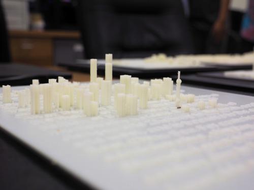 上海についての文書を横から見ると、上海の街並みをイメージできるようになっていた