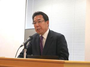 関西大学学長の楠見晴重氏