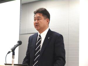 関西大学総合情報学部教授の田中成典氏(2点の写真:家入龍太)