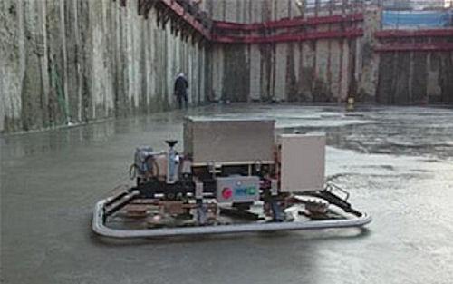 床仕上げ作業ロボット「T-iROBO Slab Finisher」