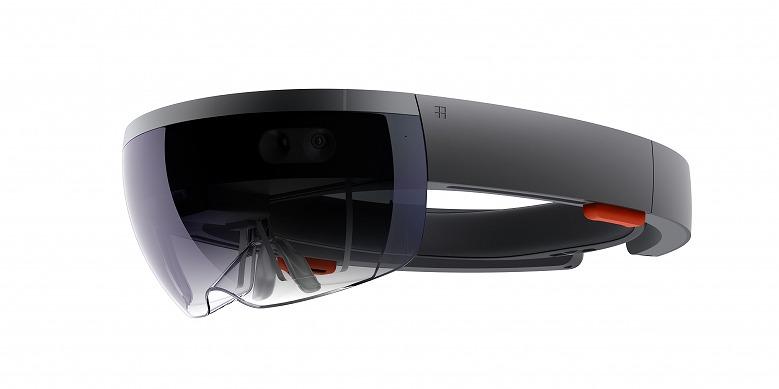 建設業界で注目が高まっている「Microsoft HoloLens」(写真:Microsoft)