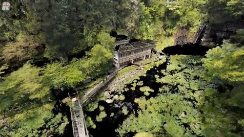 富士測量の「白糸の滝 滝壺周辺の景観整備 工事前」に登場する点群データ