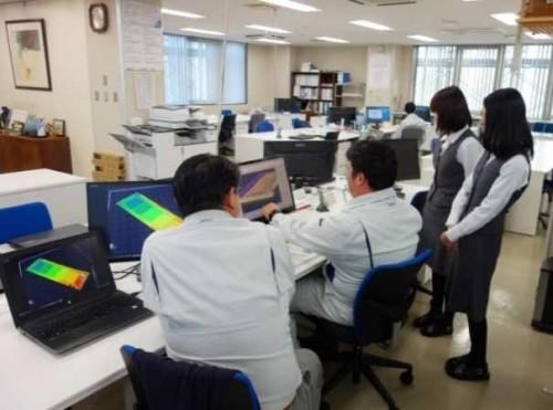 砂子組本社に置かれた「ICT施工推進室」。ICT土工現場をサポートした(以下の写真、資料:国土交通省のプレスリリースより)