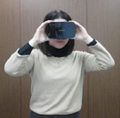 VRで改修工事のデザインをリアルに体験するイメージ(以下の写真、資料:大京穴吹建設)