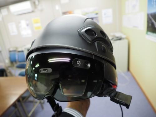 HoloLensとピッタリあった専用ヘルメット