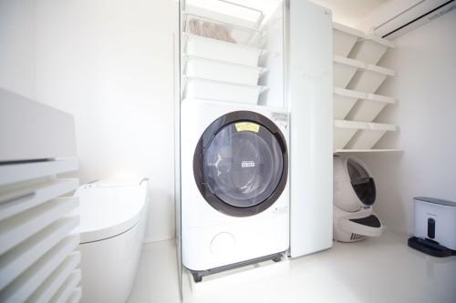 大容量の洗濯機とスチーム乾燥機