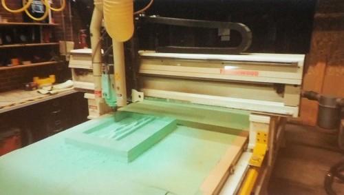 CNCルーターによる切削