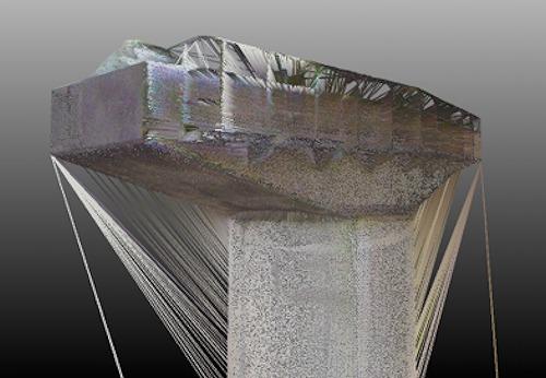 T形橋脚の点群をメッシュ化した例。関係のない部分に面が張られてしまった