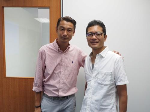 TP&Lのビンセント・チアCEO(左)とユニマットリックの小松正幸代表取締役社長(右)