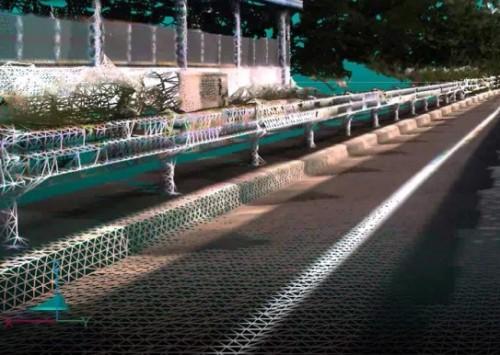 道路の縁石などのエッジも、しっかりと検出できる