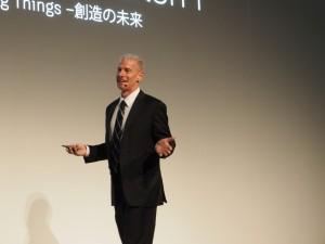 「創造の未来」と題して基調講演を行った米国オートデスク上級副社長のスティーブ・プラム氏