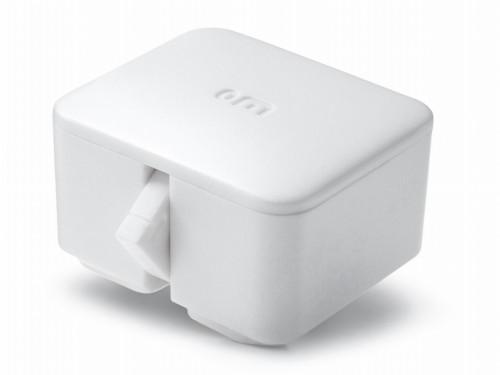 サンワサプライが発売した新製品「SwitchBot」(以下の写真、資料:サンワサプライ)
