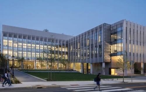 KieranTimberlake、 BuroHappold Engineering、 Shawmut Constructionによる米国、ロードアイランド州のBrown University, Engineering Research Center