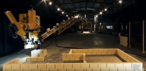 レンガに接着剤を塗って建物の壁を作る「ファストブリックレンガ積みロボット(Fastbrick Brick Laying Robot)」