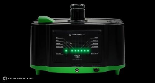 ドローンに搭載したグリーンレーザースキャナ-。陸上と水底からの反射波を識別し、3D計測が行える(以下の資料:パスコ、アミューズワンセルフ)