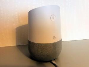 スマートスピーカーの例。Google Home