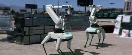 四つ足歩行ロボットに3Dプリンターを搭載したマシンのイメージ