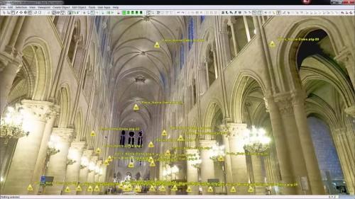 内部の点群データ。特徴的な尖頭アーチの骨組み形状もしっかりと記録されている。黄色の三角印は点群計測をした場所