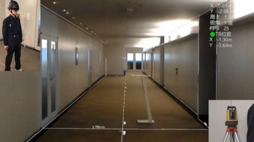 インフォマティクス本社の廊下で行った実験(以下の写真、資料:特記以外はインフォマティクス)