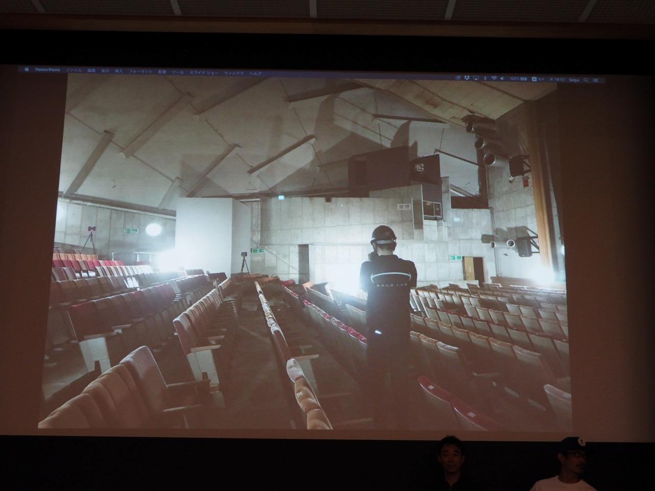 客席部の計測。3Dレーザースキャナーとデジタルカメラを使用