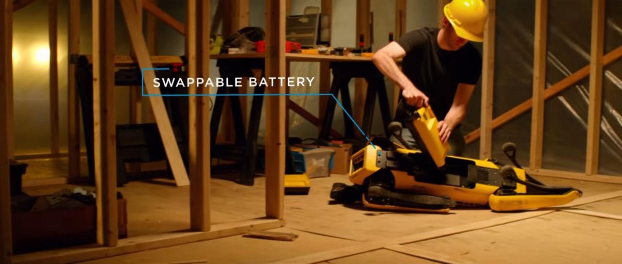 バッテリーは交換式なので、すぐに復活できる