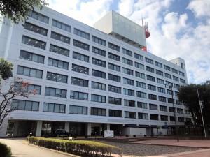 土木研究所河川生態チームは国総研ビルの8階にある(2点の写真:家入龍太)