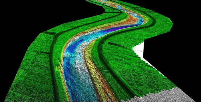 グレーンレーザーで計測した河床面と河川堤防の3D形状。福井河川国道事務所の山本一浩課長(当時)が作成