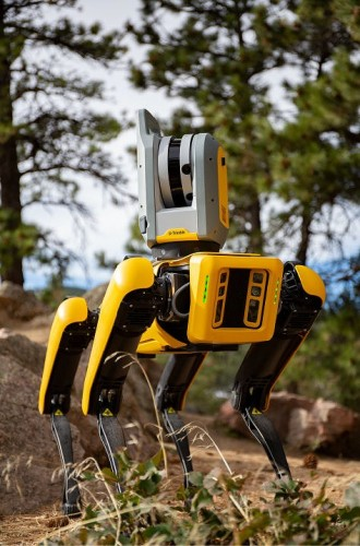 3Dレーザースキャナーを搭載したSpot(Photo:Courtesy of Boston Dynamics)