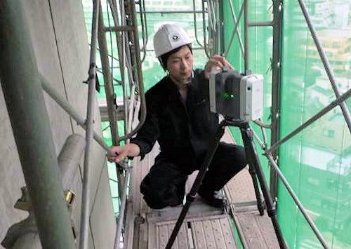 足場に置かれた3Dレーザースキャナー(以下の写真、資料:東急建設)