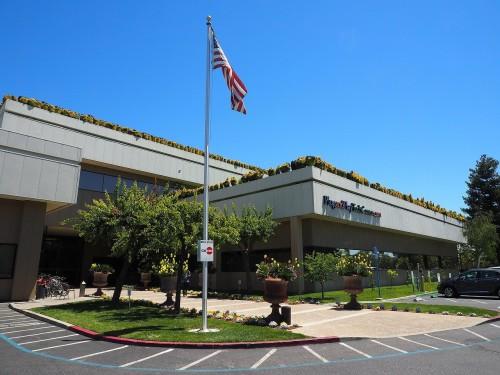 竹中工務店が情報収集拠点としている米国カリフォルニア州サニービルのインキュベーション施設「プラグ・アンド・プレイ」(写真:家入龍太)