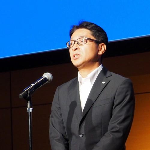 Vectorworks教育シンポジウム2018で、開会のあいさつをするエーアンドエーの横田貴史代表取締役社長