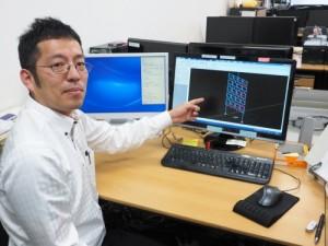 Engineer's Studio®による解析結果を説明する坂下雅信助教