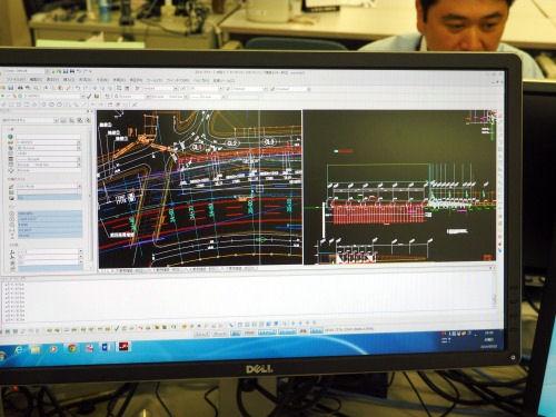 JDrafの画面。以前の標準的CADと同じような操作感覚で使えるように配慮されている