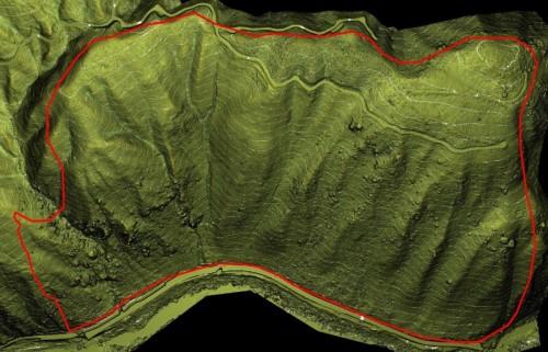 落石調査に活用した斜面の精密な3次元形状データ