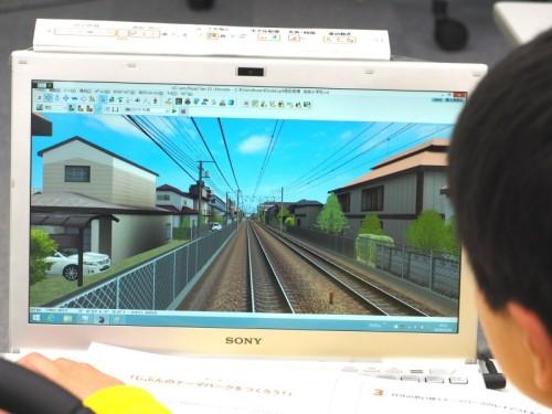 初日は基本操作を学ぶため電車の運転にも挑戦した