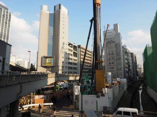 旧東横線渋谷駅の跡地周辺で進む渋谷駅南街区プロジェクトの現場