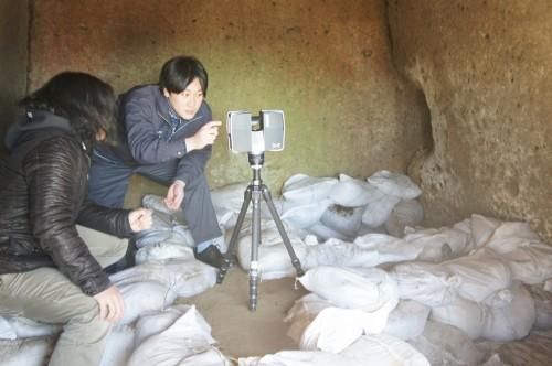 FAROレーザースキャナー Focus 3Dによる栃木県壬生町にある車塚古墳の横穴式石室の3D計測作業