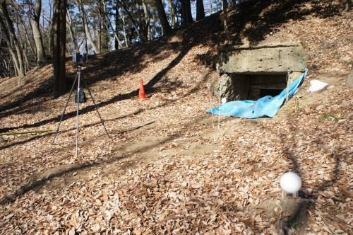Focus 3Dによる栃木県壬生町車塚古墳の計測作業。マーカーを使って古墳全体を計測