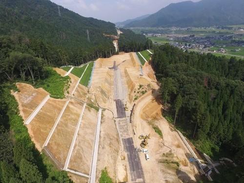 ICTを全面活用した道路土工の現場