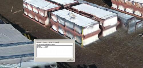ヤードの3Dモデルを拡大したところ。積み上げてある資材も3D化されており、高さなどの計測も行える