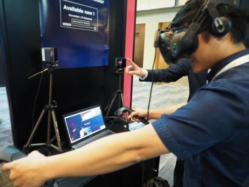 HMDで立体VR映像を見ながら運転するシミュレーションゲーム「鉄道運転士」