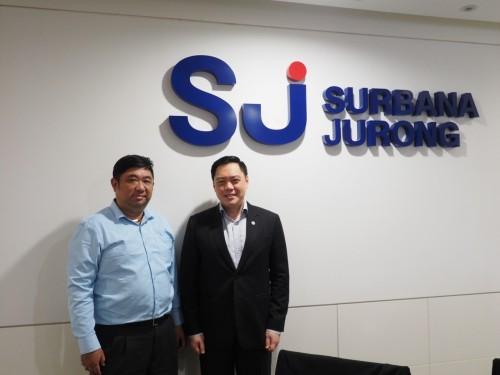 プログラミングを担当するエリック・リム・ユンメイン氏(左)とシニア・ディレクターのユージン・シア(Eugine Seah)氏(右)