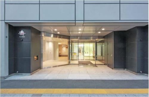 リニューアル後の大成建設横浜支店ビルエントランス