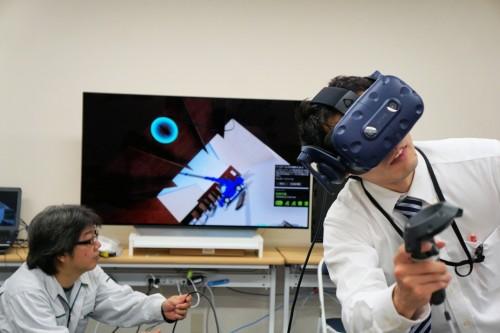 現場での事故をバーチャルに体験できる「橋梁工事VR安全教育システム」