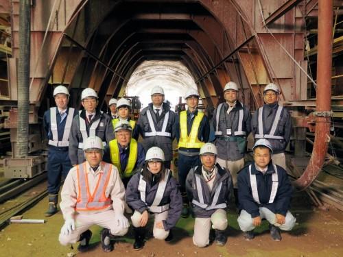 重山トンネルの施工に携わった技術者たち