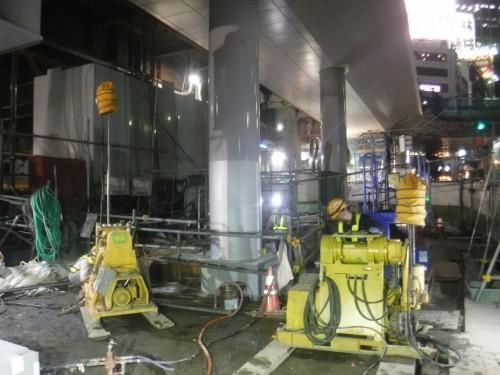 東京・渋谷駅付近で行われた薬液注入工事