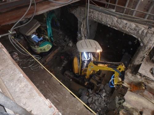 改良された地盤から掘り出された橋台