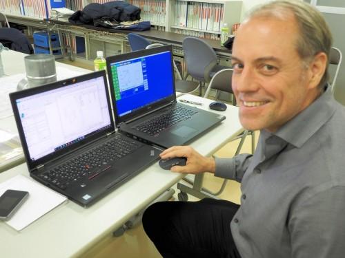 BIMパーツ開発を担当するドルフィン・コンサルティング社長兼コンサルタントのデービス氏。2週間にわたりフカガワエーシーエスの工場などで日本流生産プロセスを学んだ